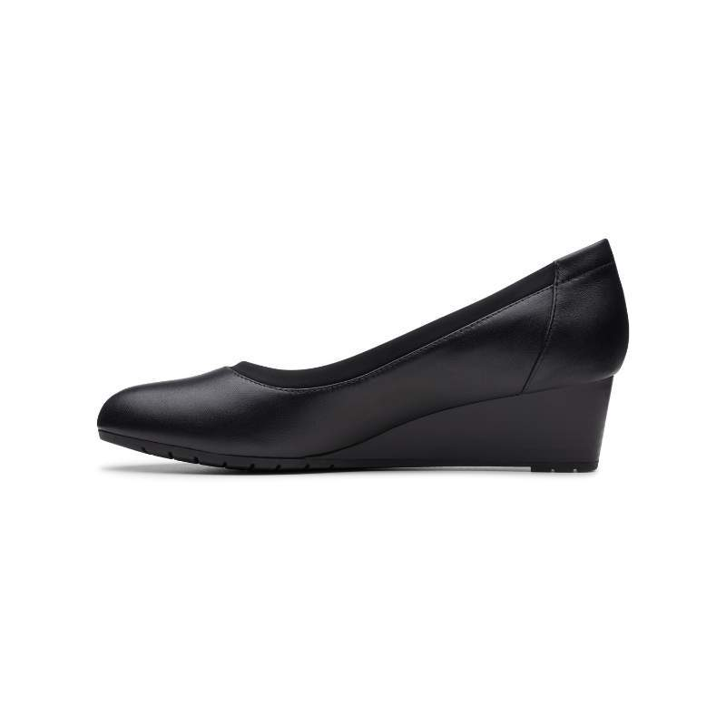 Women's Clarks Mallory Berry Black Leather